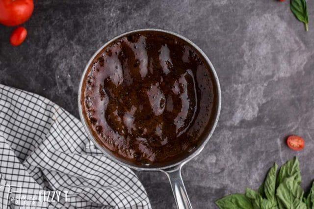balsamic reduction in a saucepan