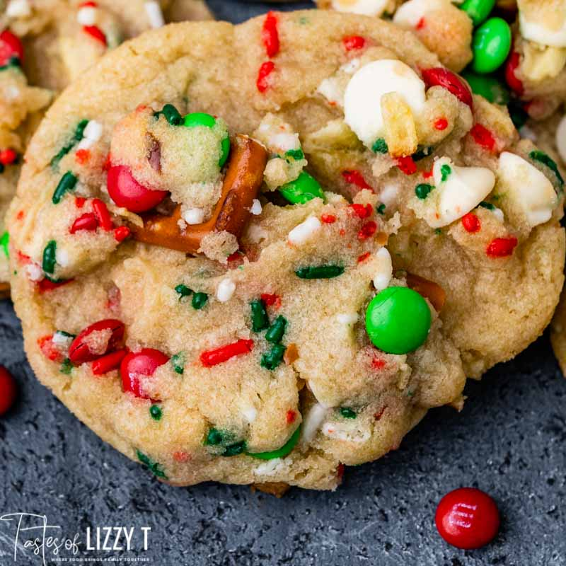closeup of a christmas kitchen sink cookie