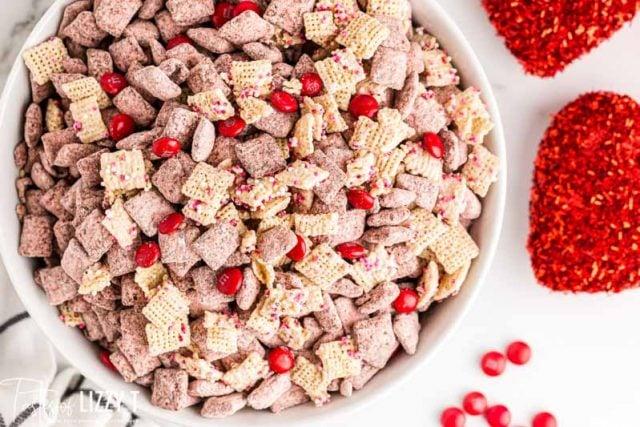 valentine's snack mix
