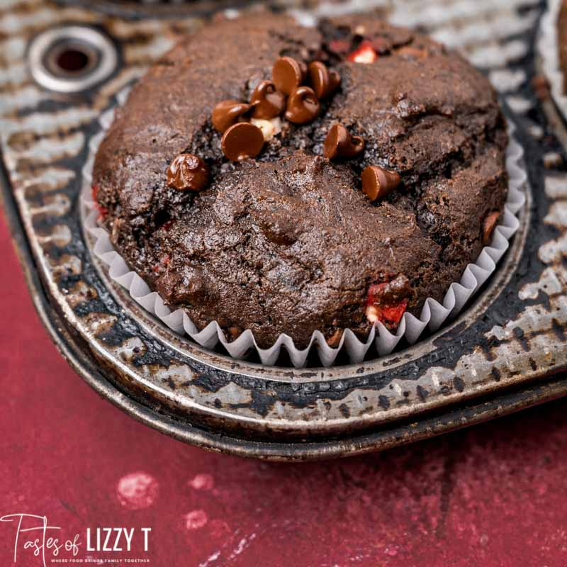 chocolate muffin in a pan