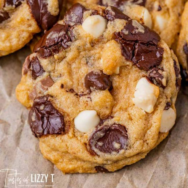 closeup of a pudding cookie