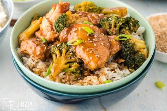 bowl of chicken, rice and broccoli
