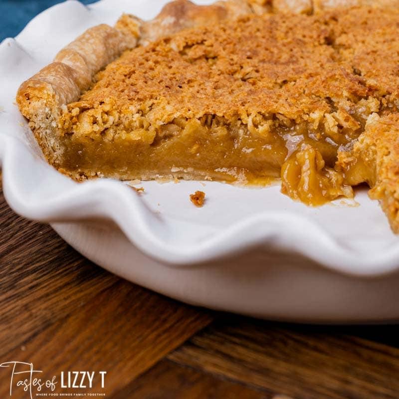 oatmeal pie in a pie plate