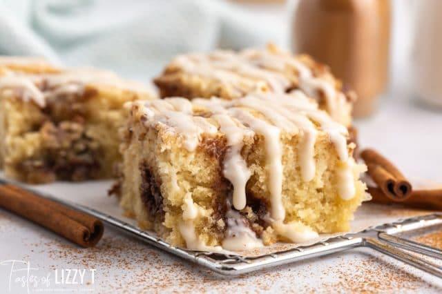 cinnamon roll cake on a table