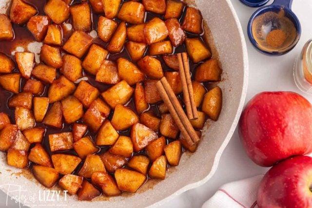 skillet with cinnamon apples
