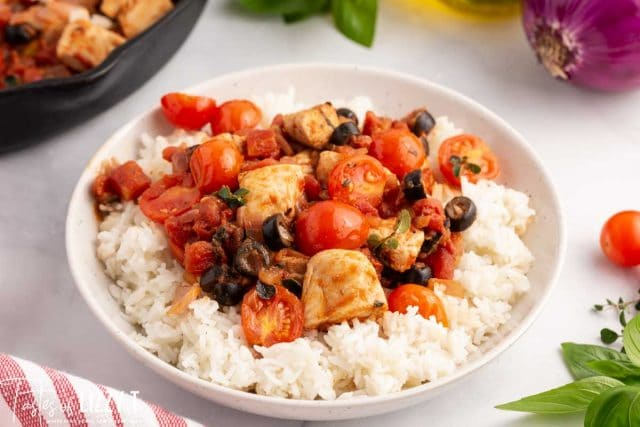 chicken & tomatoes over rice